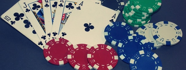 Poker full escalera