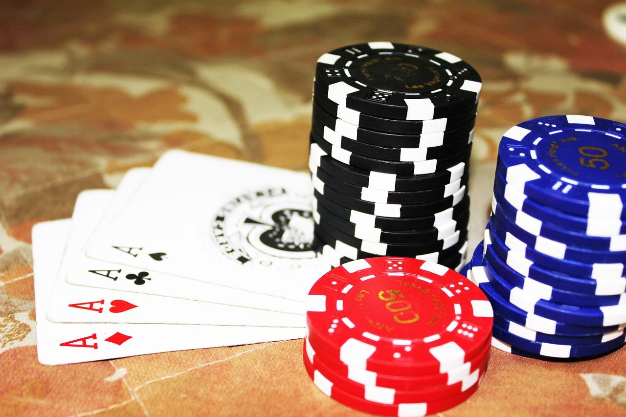 Why is online poker still so popular?
